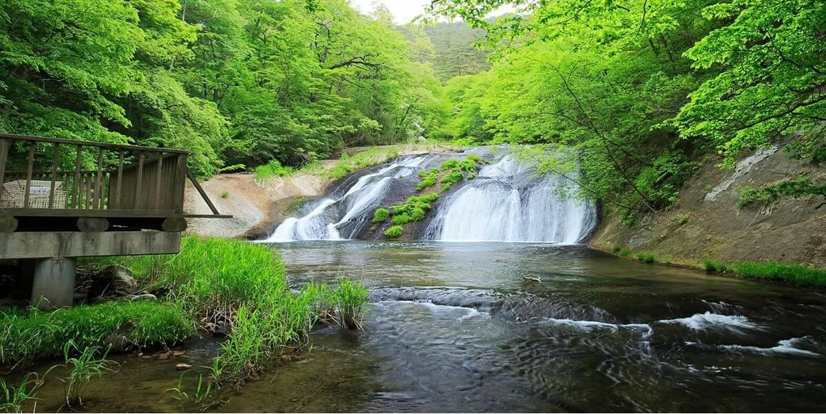国指定名勝 イーハトーブの風景地 釜淵の滝